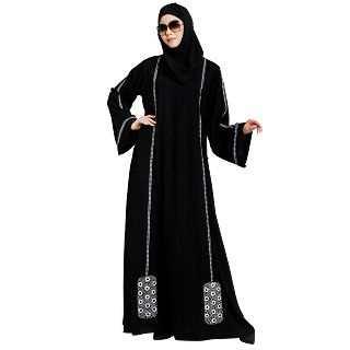Loose fit abaya with embroidery work- Black