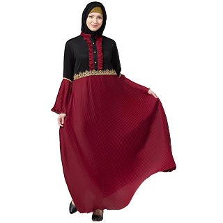 Designer dual colored pleated abaya- Maroon-Black