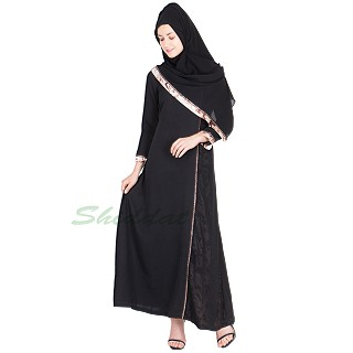Dubai style abaya made of nida fabric