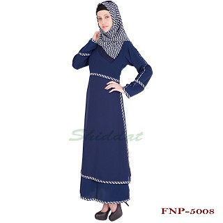 Abaya with multiple strips