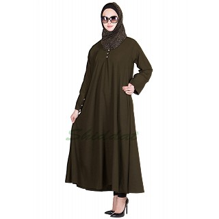 Dark grey colored flayered Abaya