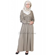 Pleated abaya- Grey