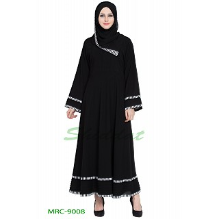 Casual abaya in Black