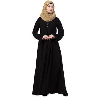 Pintuck abaya with V shape neck-Black