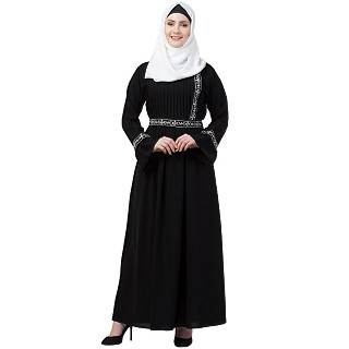Embroidered Pintuck abaya- Black