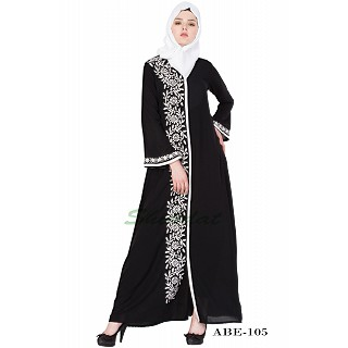 Embroidered abaya - Black & White