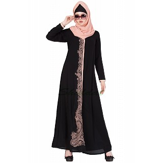 Embroidered abaya - Black & Beige