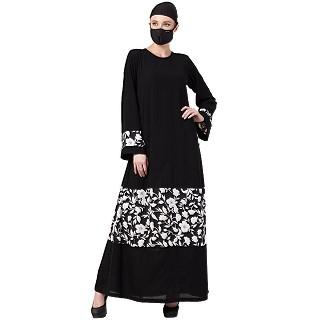 Casual Printed abaya- Black-White