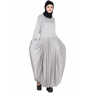 Pleated travel maxi dress- Silver-Grey
