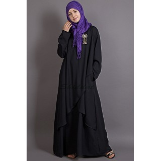 Asymetrical abaya with Yoke design and panels- Black