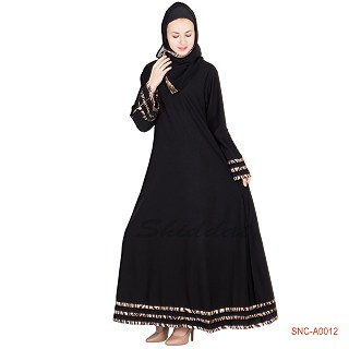 Turkish design abaya with 3 line border