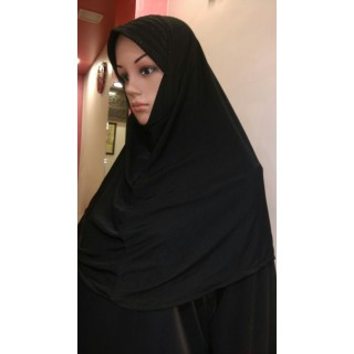 Makhna Hijab in Black