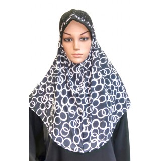 Makhna Hijab in Black & White Print