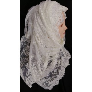 Cream colored wrap hijab - Laced