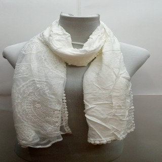 Premium Ari Diamond Lace Stole- white