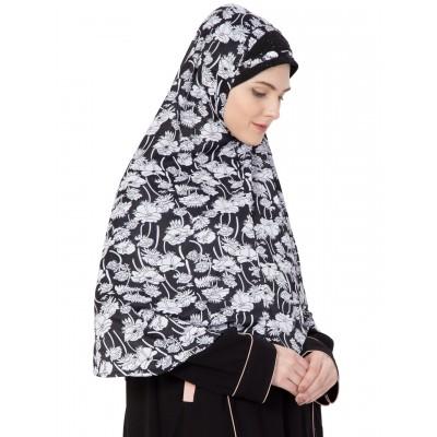 Prayer Hijab- Black & White Printed