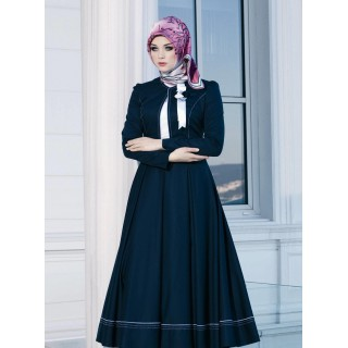 Irani Manto/Coat in Navy Blue color